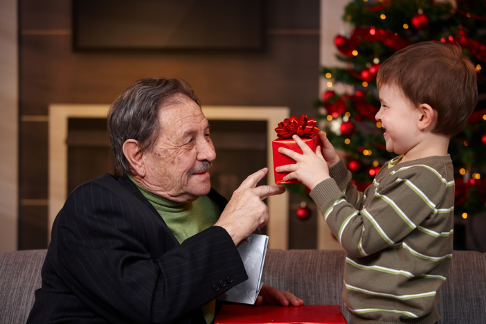 5 Ideas for Involving Your Loved One in the Holiday Fun